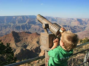 Kind am Grand Canyon