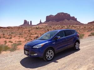 Monument Valley - unterwegs zum Ausritt mit der Familie