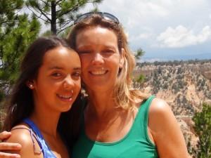 Mutter und Tochter am Bryce Canyon.