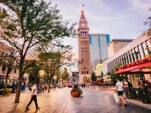 Denver mit Kindern: 16th Street Mall | Quelle: Visit Denver