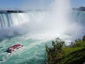 Familien-Bootstour zu den Niagarafällen