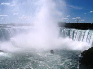 Niagara Wasserfälle Ostkanada Familienurlaub