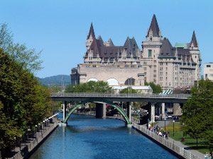 Rideau Kanal und Burg Ottawa