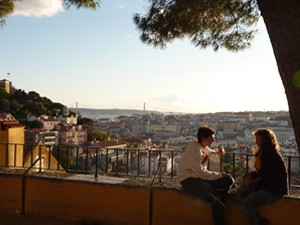 Autoreis Portugal lissabon park uitzicht
