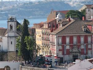 portugal lissabon authentieke straat