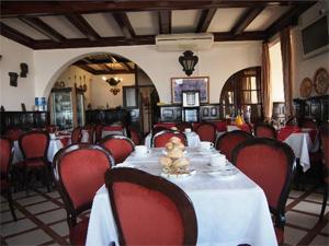 portugal nazare strand restaurant