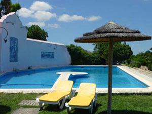 portugal zwembad tuin