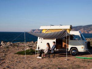 Volkswagenbusje kust Portugal